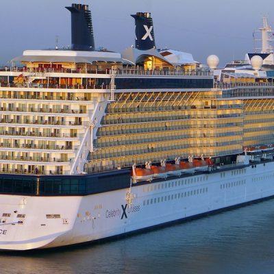 celebrity_solstice in port